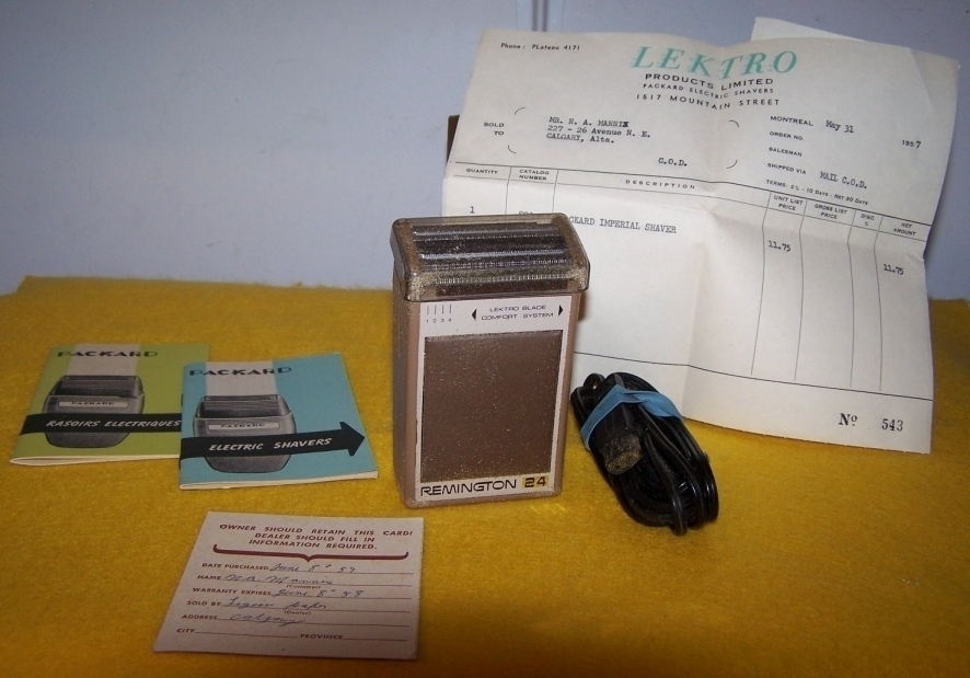 Primary image for Vintage Remington 24 Electric Shaver