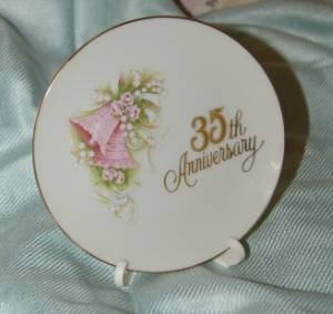 Wholesale Lot 9  Enesco 35th Anniversary Plates Glass