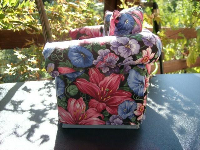 HOMEMADE SOFA SHAPED TISSUE BOX COVER - CLASSIC & NICE ITEM!
