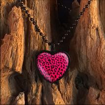 Black & Hot Pink Leopard Animal Print Punk Rock Heart Pendant Necklace - $14.39