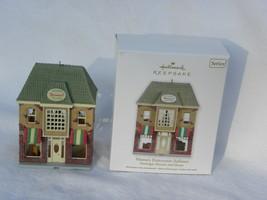 2012 Hallmark Nostalgic Houses & Shops Mama's Ristorante Italiano X-Mas ... - $9.99