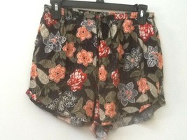 Women's ABERCROMBIE & FITCH Multi-Color Floral Casual Shorts Size Small - $14.95