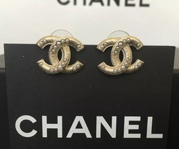 NEW Chanel CC Earrings Large Gold Pearl Embellished Stud Earrings image 3