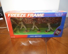 1997 Kenner Starting Lineup Freeze Frame Frank Thomas Action Figure - $11.29