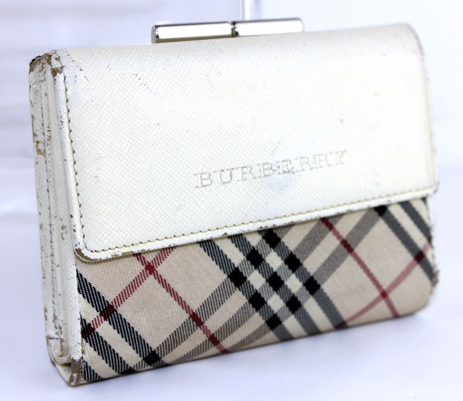 7e072633da71 S l1600. S l1600. Previous. 100% Authentic Burberry London Beige Nova Check  Fabric Leather Bi-fold Wallet