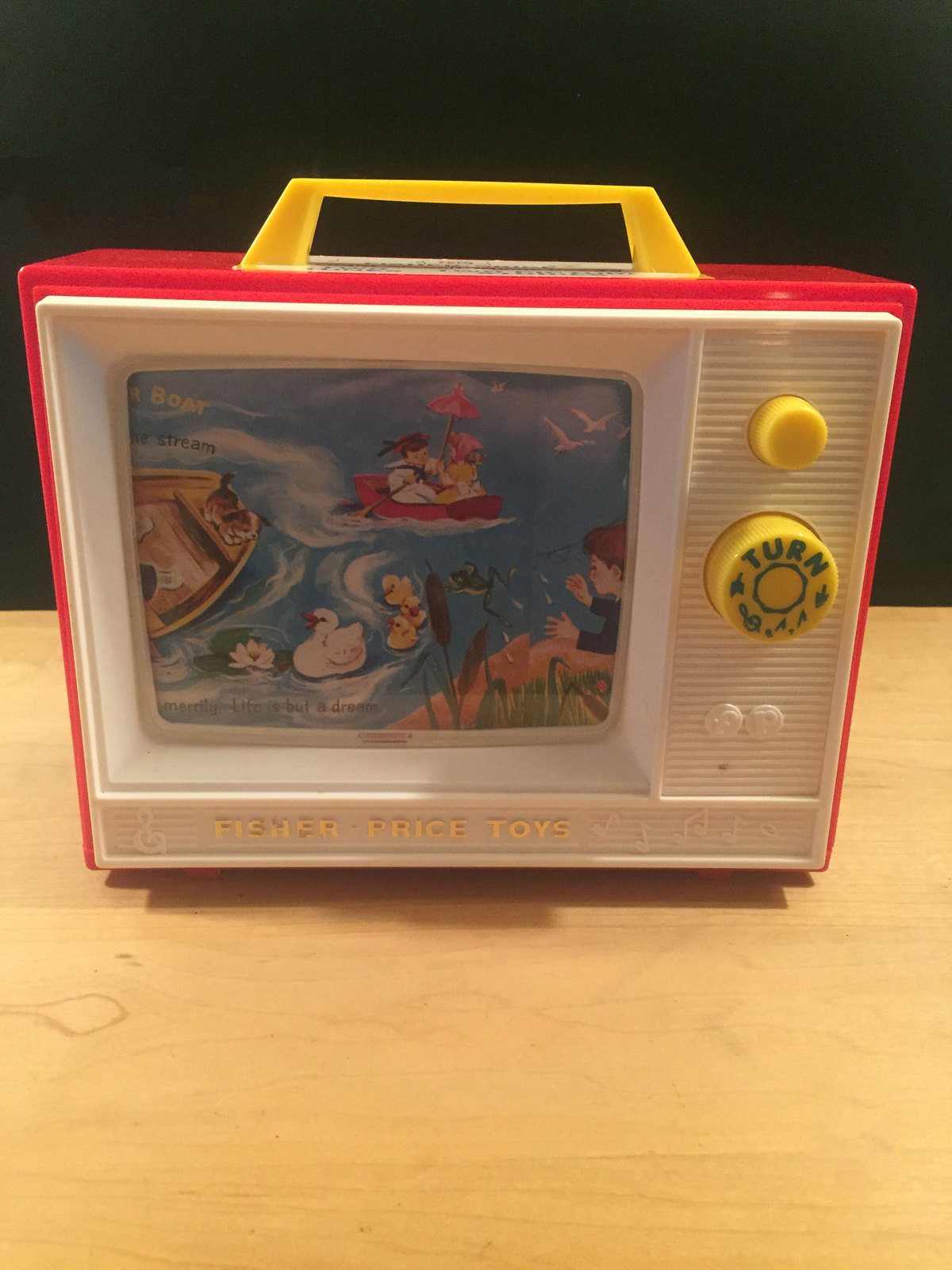 Fisher Price Giant Screen Music Box TV Two Tune/Stories Classic Toy 2009