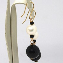DROP EARRINGS YELLOW GOLD 18K, WHITE PEARLS, ONYX BLACK FACETED image 2