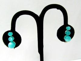 Greenish Blue Bead Moonglow Screw Back Earrings Vintage - $15.00