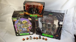 Lemax Spooky Town Lot House Of Wax Lights And Motion Zombie's Cafe Spook... - $79.90