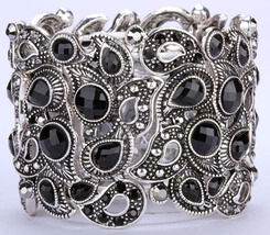 Floral stretch bracelets vintage style flower crystal women fashion jewelry - $16.99