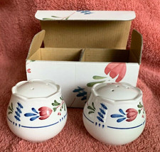 """Nikko China AVONDALE Salt & Pepper Shakers 478898 In Original Box 2.25"""" image 1"""