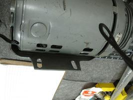 GAST 0211 Vane Vacuum Pump New  image 3