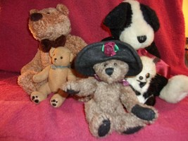 Lot of 2 Vintage Plush Boyds Bears + 3 Vintage other Plush Bears     lot 189   - $18.32