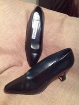 VIA SPIGA 7B WOMEN'S CLASSIC BLACK LEATHER SQUARE TOE PUMPS HEELS SHOES ... - $32.66