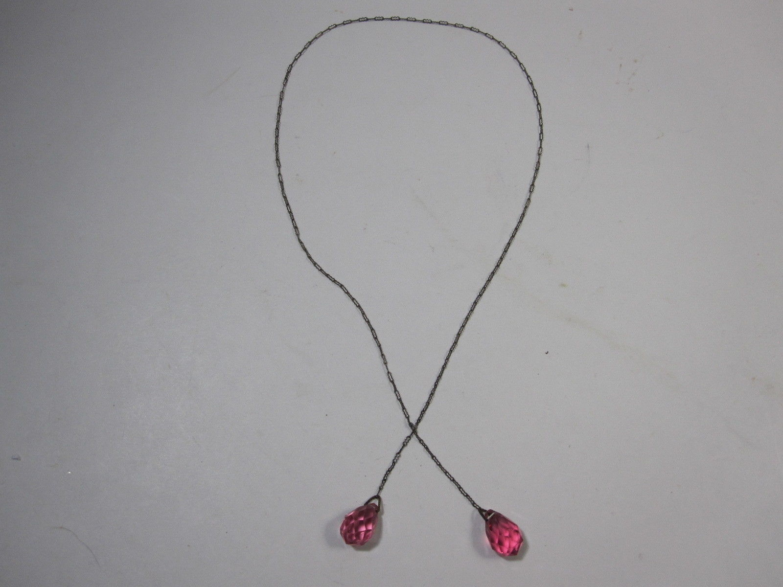 """Vintage 1940's Faceted Bead Lariat Necklace 18"""" Decorative Chain Pink Beads"""