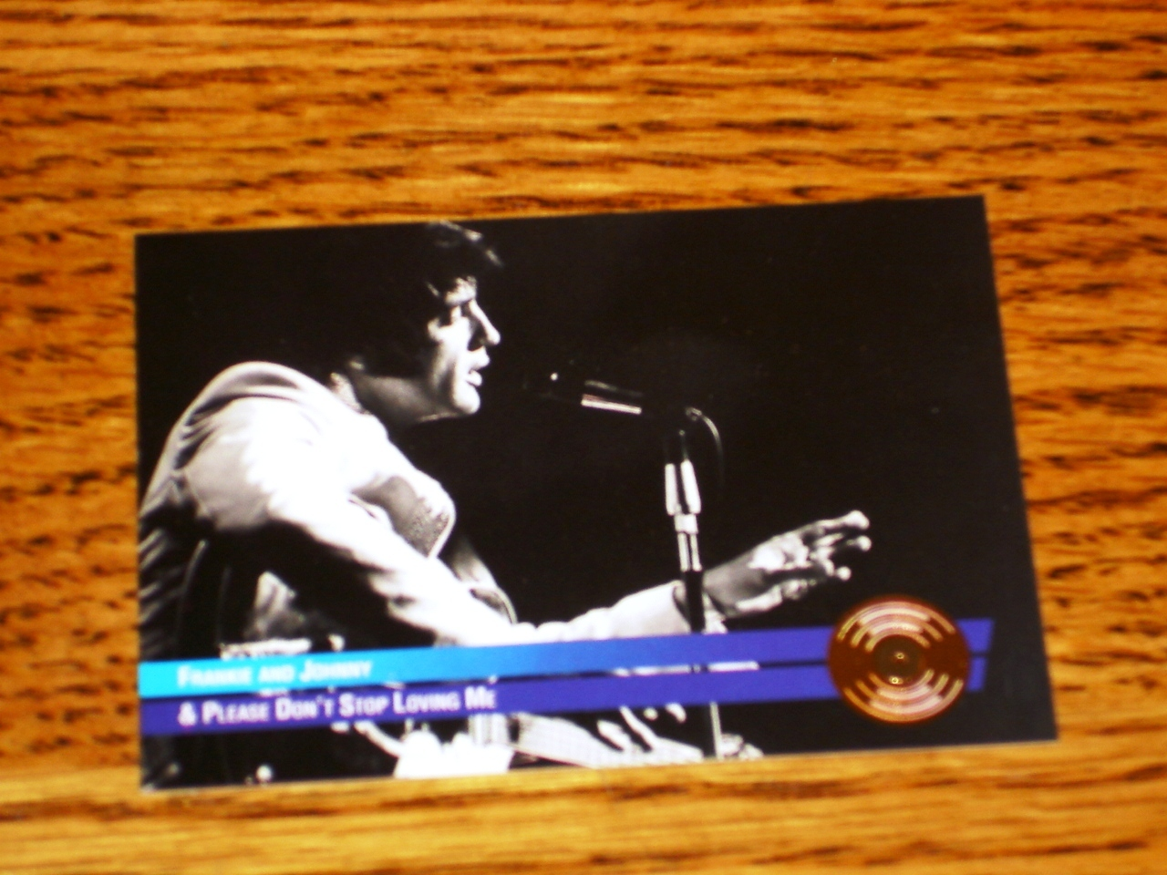 ELVIS PRESLEY FRANKIE & JOHNNY GOLD COLLECTIBLE CARD #47