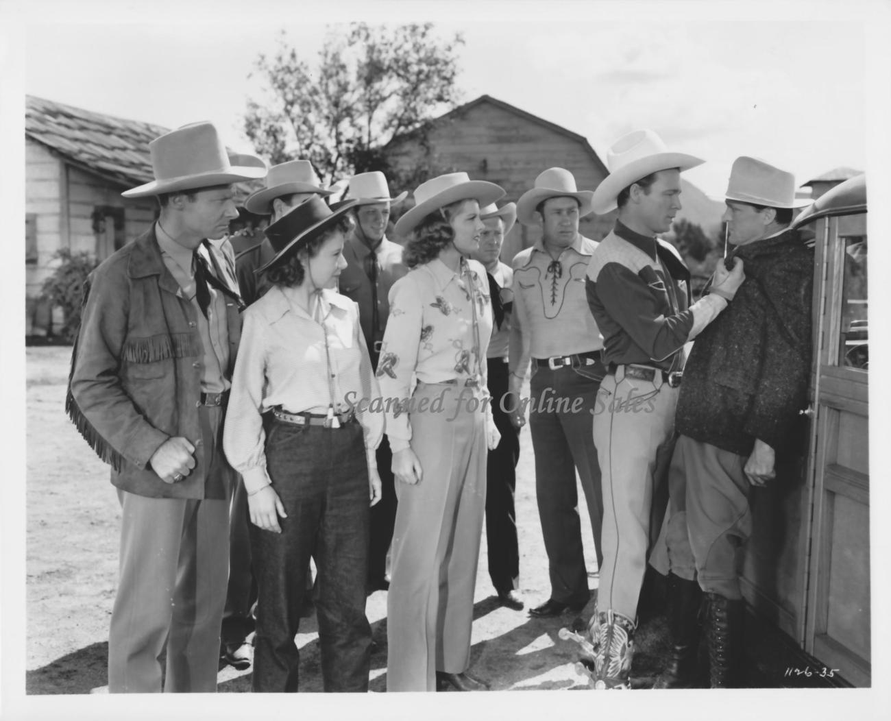 Roy Rogers Linda Hayes 8x10 Photo 1682302