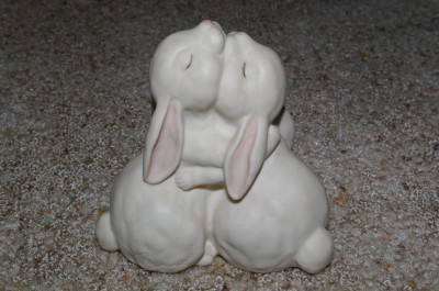 Homco Love is Wonderful Figurine Bunnies Home Interiors