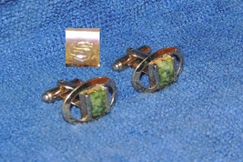 Vintage Pair Shields Fifth Avenue Cufflinks Cuff Links gold tone possibly Jade - $18.89