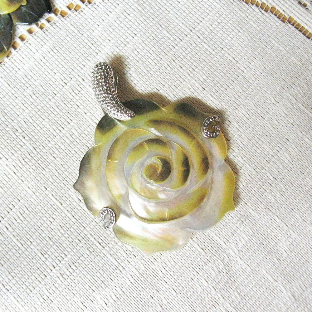Mother of Pearl Shell Carved Flower Pendant, 50mm