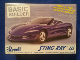 Revell Sting Ray III 1:25 Scale Model Car New in Box Purple - Basic Builder - $7.55