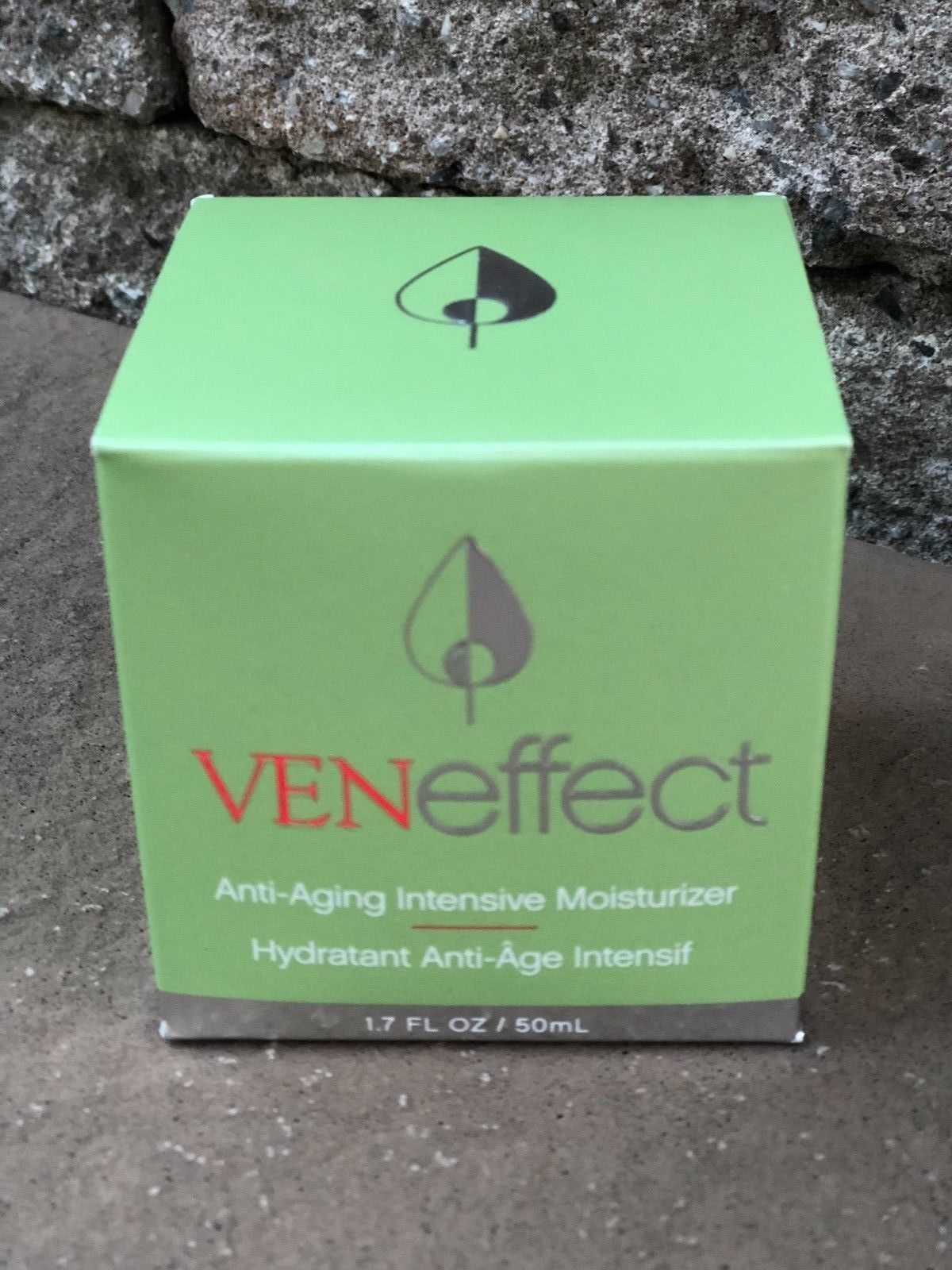 Primary image for NEW IN BOX Anti-Aging Intensive Moisturizer 1.7 fl oz RP $185 Plant Based Tech.