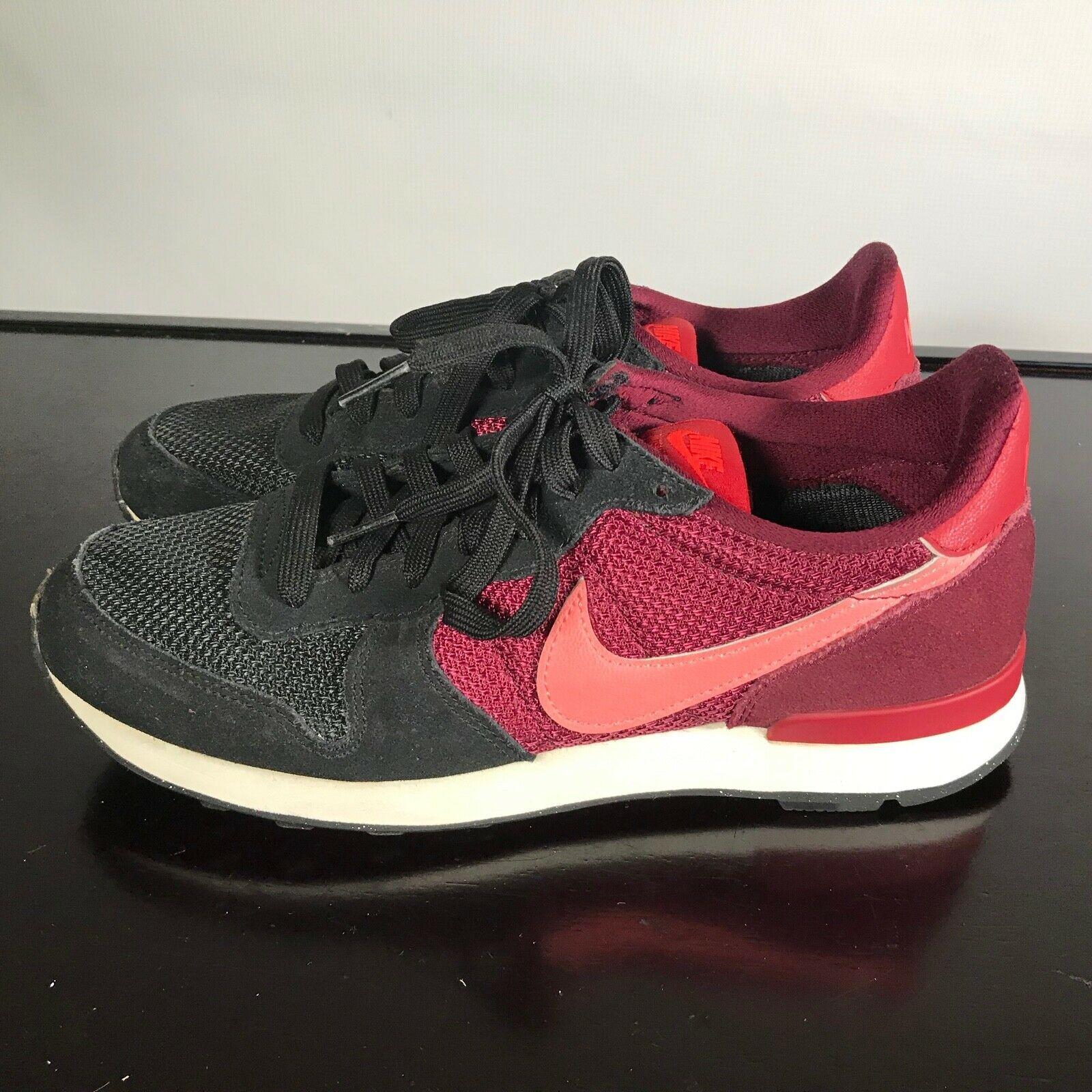 Nike Internationalist Sz 8.5  Suede & Mesh Athletic Sneaker Women's Shoes