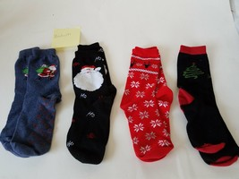 Medium Socks With Santa Claus~Snowflakes~Christmas Tree Patterns 4-Pairs - $26.18