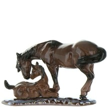 Hagen Renaker Specialty Horse Mustang Mare with Colt Ceramic Figurine