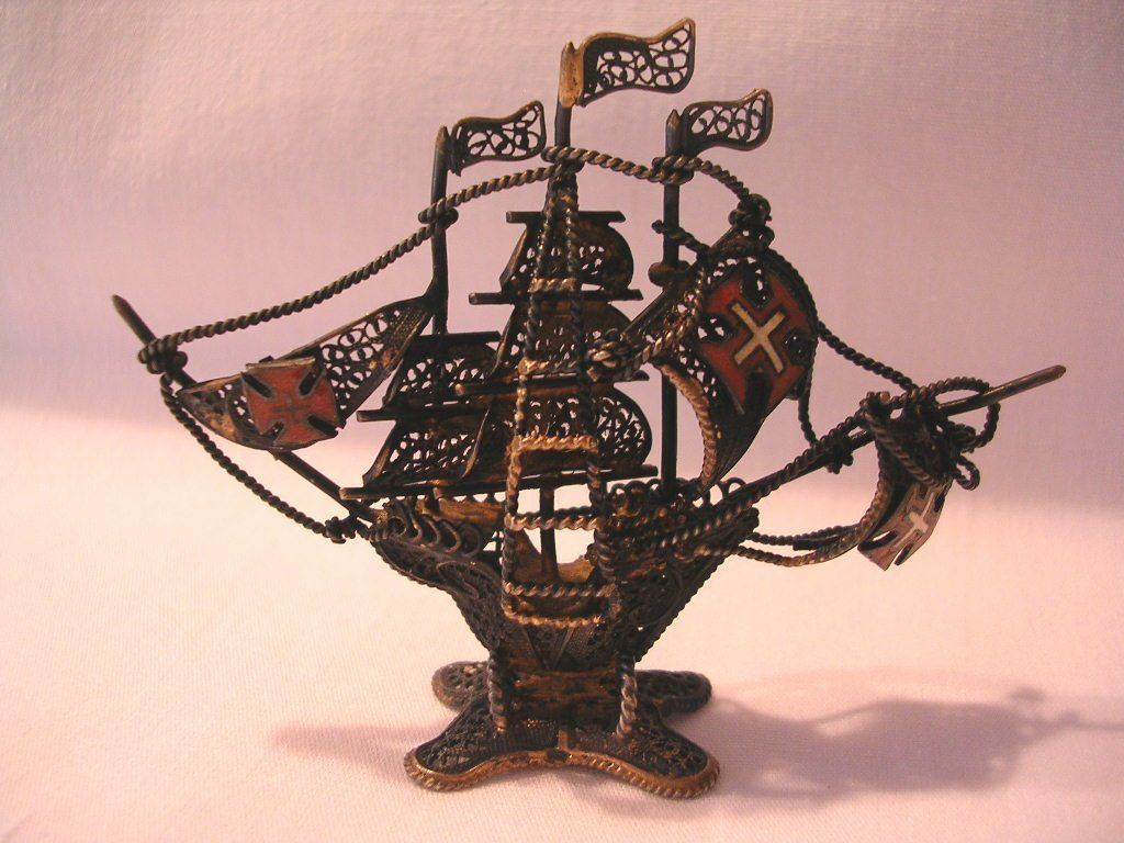Vintage Filigree Brass Portugal Ship Wire Metal
