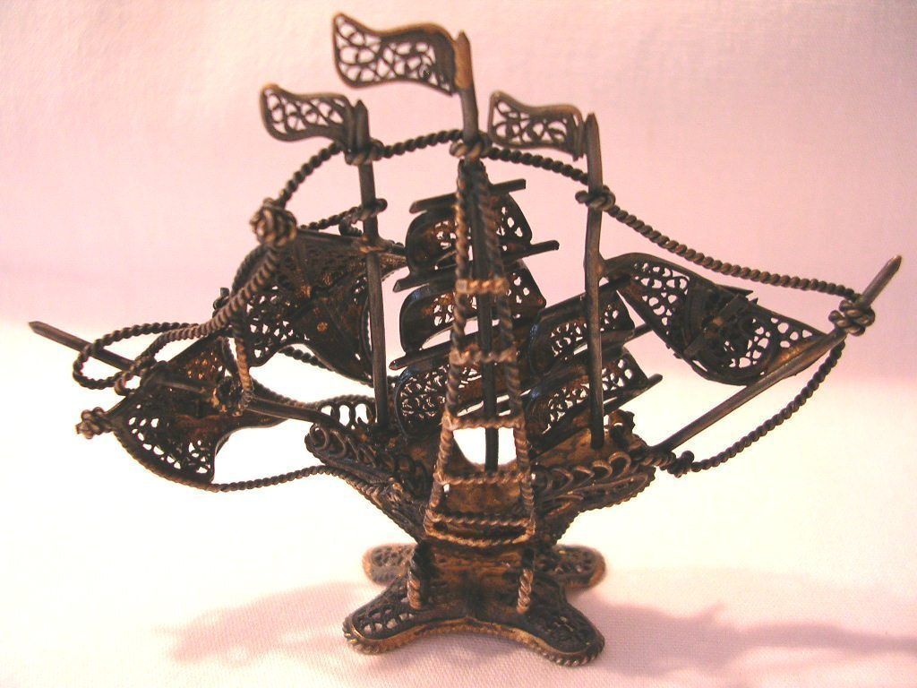 Vintage Filigree Brass Portugal Ship Wire Metal