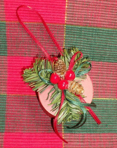 LITTLE RED HAT BOX Christmas Ornament - Beautiful!!