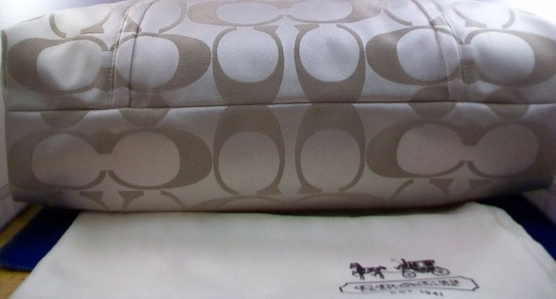 COACH Poppy Signature Sateen Sparkle Glam Tote NWT 18015P