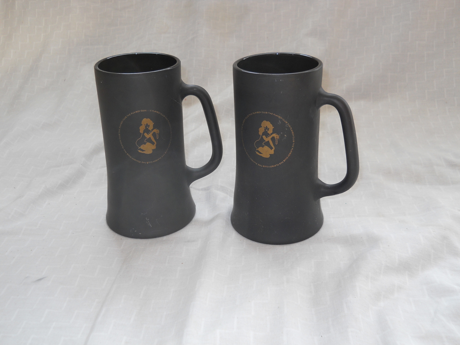 TWO PLAYBOY CLUB BLACK & GOLD FROSTY GLASS COFFEE MUGS, BEER STEIN CUP VTG 60's