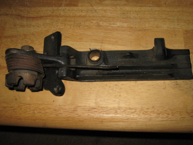 Singer Sewing Machine Cabinet Assist Hinge with Spring Simanco # 124450