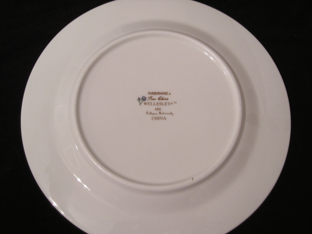 Farberware Fine China Wellesley Salad Plate 486