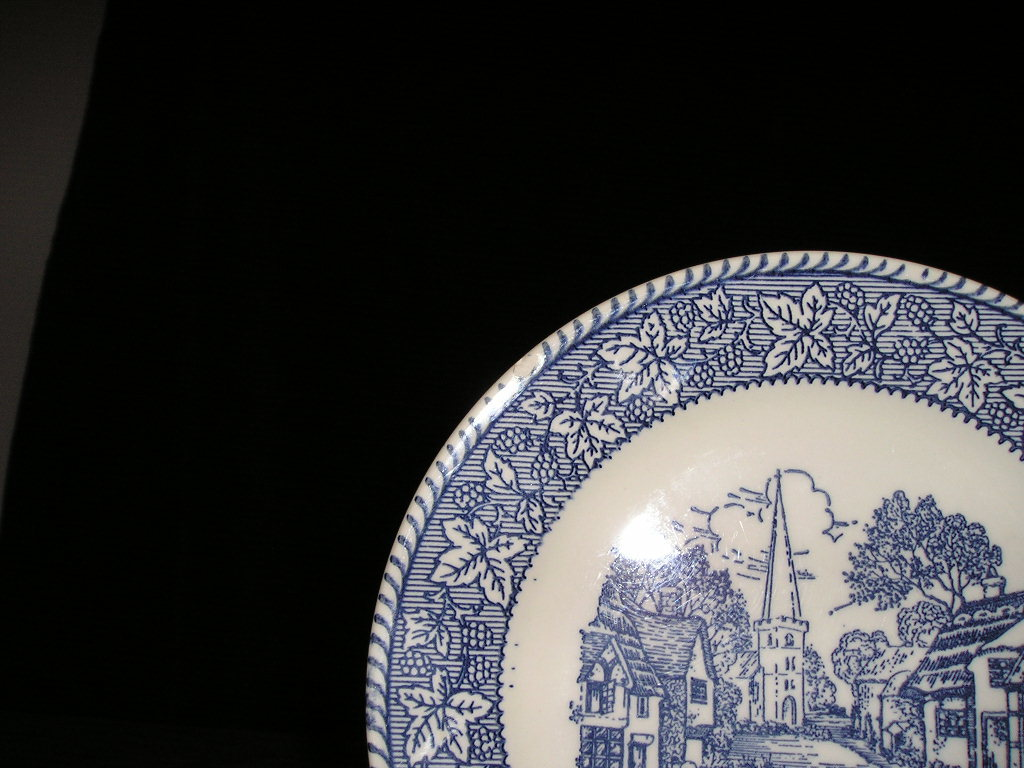 "Homer Laughlin 7.5"" Blue and White Salad Plate L-81 USA"