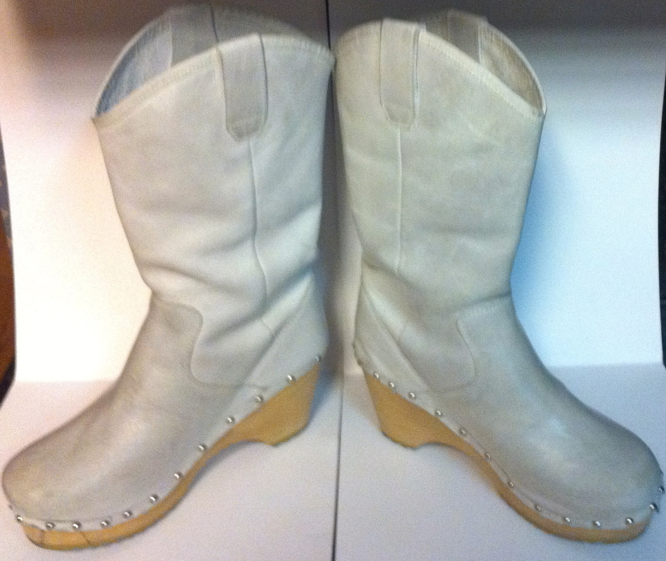 Vintage Pre-Owned Off White Mid-Calf Boots ~ UK 5 ~ US 7.5 ~ EU 38