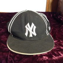 NEW MLB Genuine Merchandise NY Yankee New Era Hat Sz 7 5/8 - $24.75