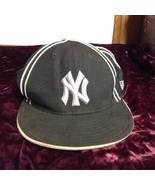 NEW MLB Genuine Merchandise NY Yankee New Era Hat Sz 7 5/8 - $39.99