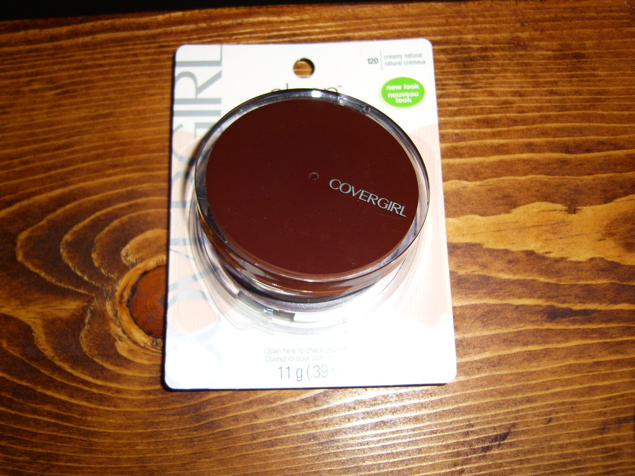 Covergirl Clean pressed powder in creamy natural new