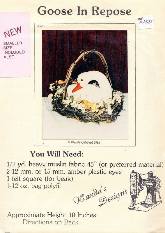 CRAFT SEWING PATTERN GOOSE IN REPOSE NEW BY WANDA'S DESIGNS