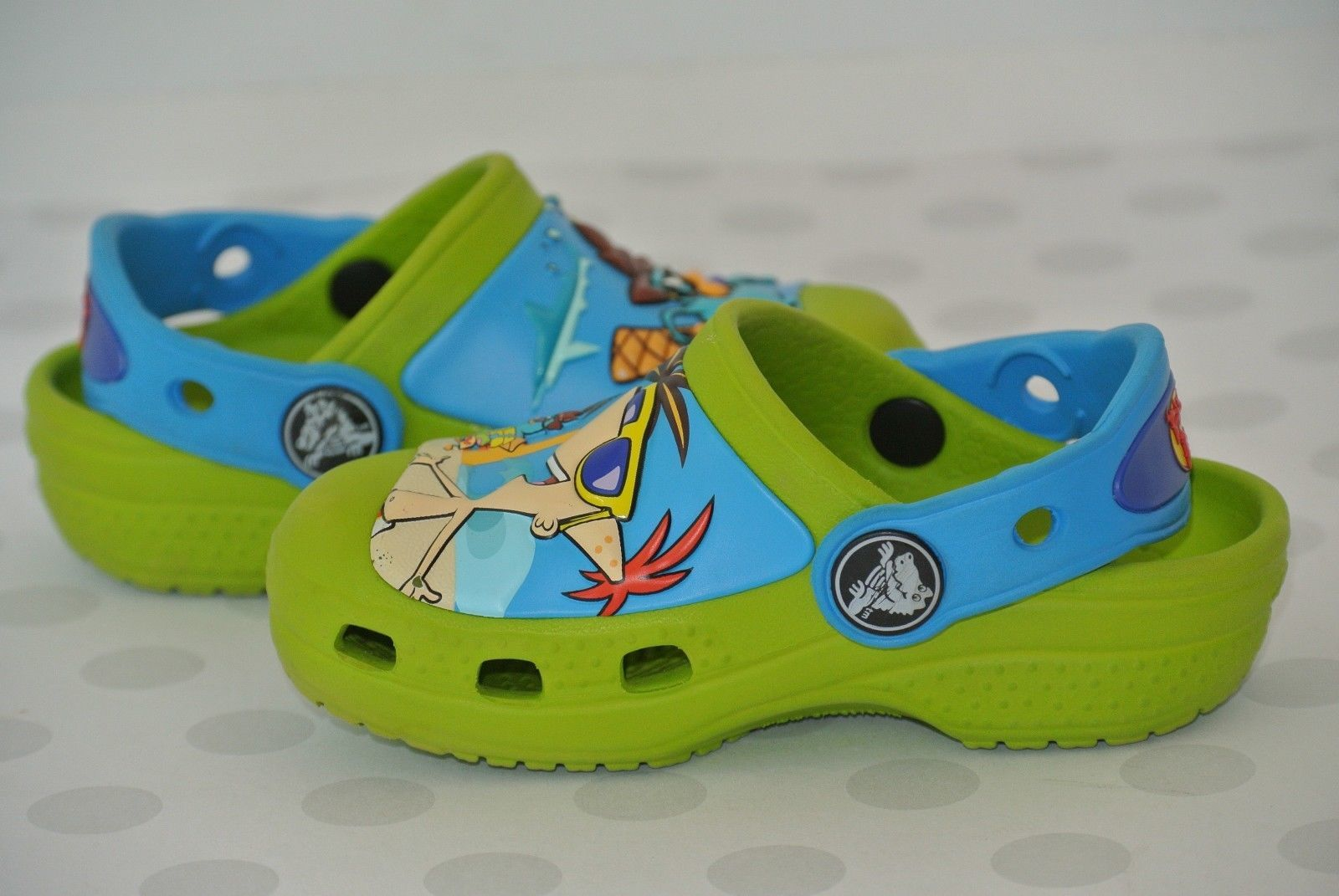 Crocks Disney Phineas Ferb Green Blue Sz 4-5 Washable Water Sandals Clogs NICE!!