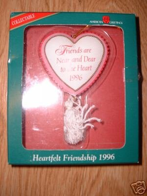 HEARTFELT FRIENDSHIP 1996 FRIEND CHRISTMAS ORNAMENT NIB
