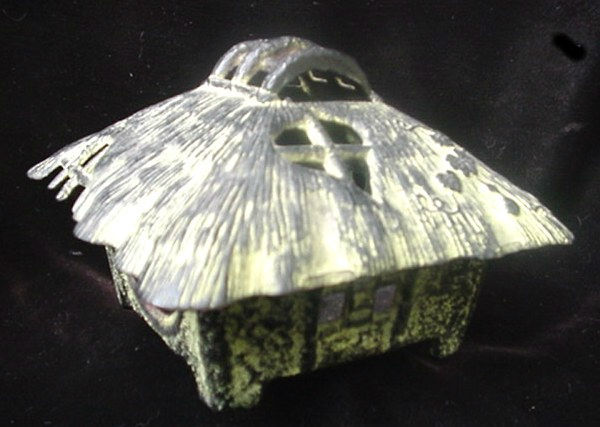 Large Old Oriental Grass Hut Shack House Cast Iron Bronze Incense Burner Censor