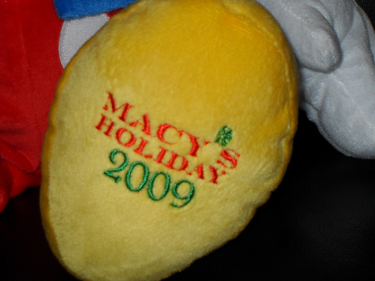 Macys Holiday 2009 Disney Talking Mickey Mouse Plush
