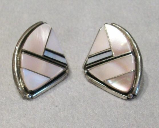Pink Mussel Shell Earrings (Stud), Sterling Silver, New