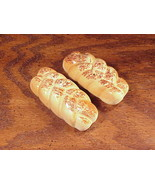 Pair of Braided Bread Loaf Ceramic Salt and Pepper Shakers - $5.95