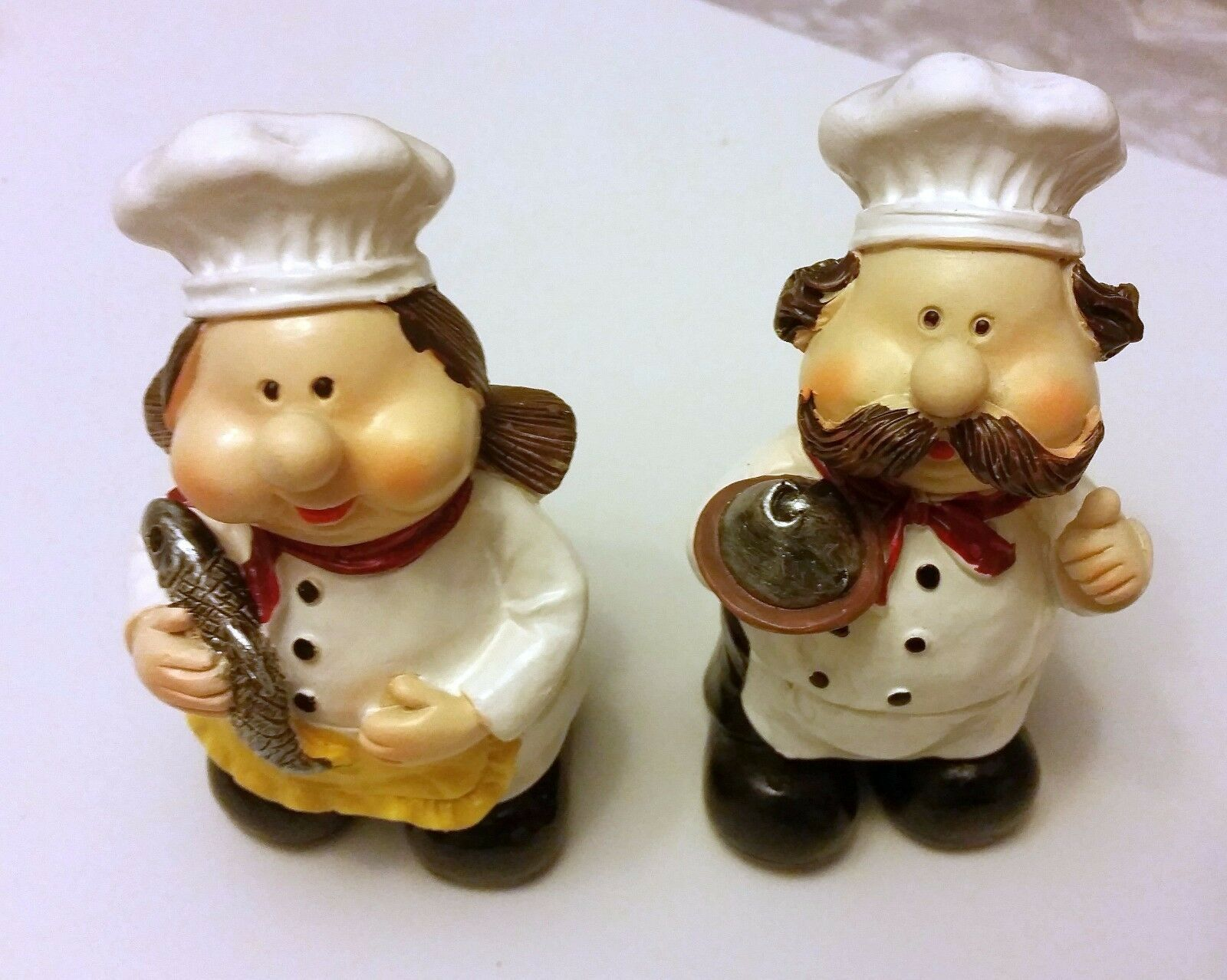 Set of 2 NEW FAT CHEF STANDING FIGURES, Chef with tray & chef with fish