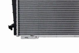 RADIATOR  FO3010107 FITS 91 92 93 94 FORD CROWN VIC LINCOLN MERCURY V8 4.6L image 4